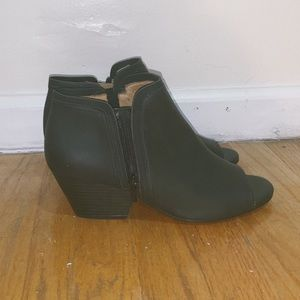 Black Natural Soul Open-Toe Booties, Size 9